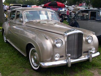 Bentley s2 de alquiler en Sevilla